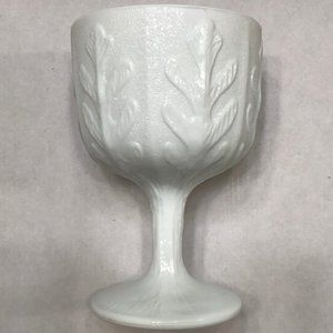 White glass goblet-shaped vase VINTAGE